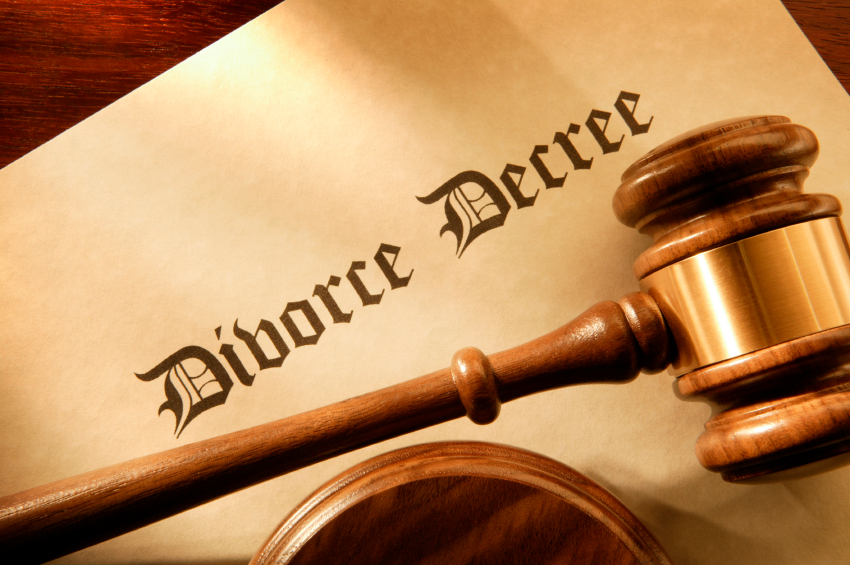 divorce decree with judge's gavel